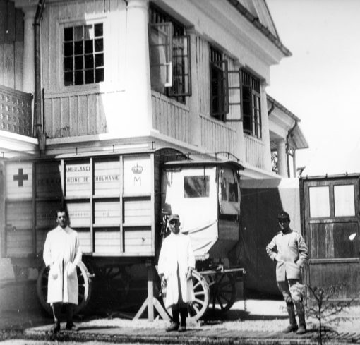 1917 - Ambulance de la Reine de Roumanie photo de Jean de Ribes